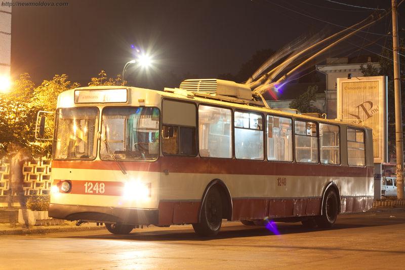 Старый троллейбус
